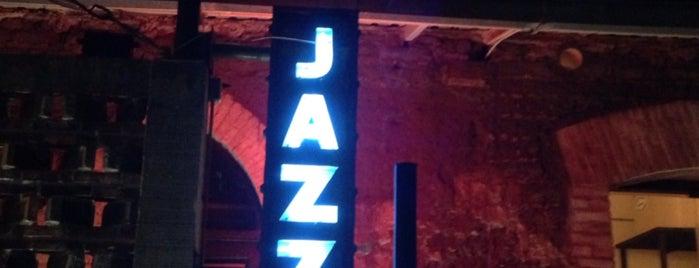 Jazzatlán is one of Tempat yang Disukai Pilar.