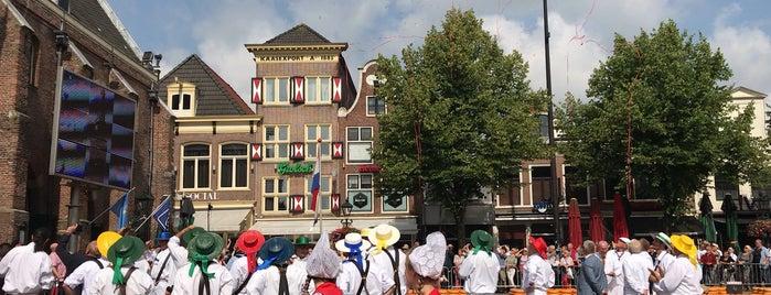 Alkmaar Cheese Market is one of Amsterdam 🇳🇱.