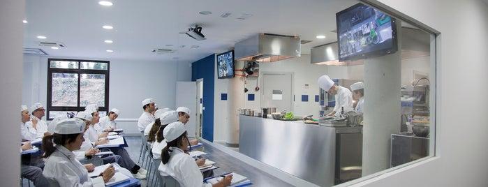 Le Cordon Bleu Madrid is one of Café, Bar,Restaurante en Melilla.