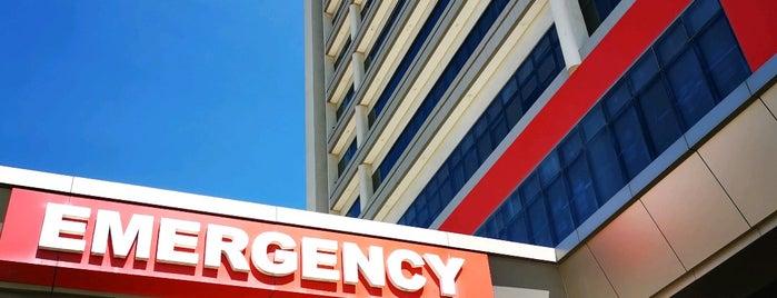 Chong Hua Hospital Mandaue is one of Locais curtidos por Danny.