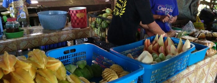 Rujak Manis Semeru is one of Welcome to Malang!.