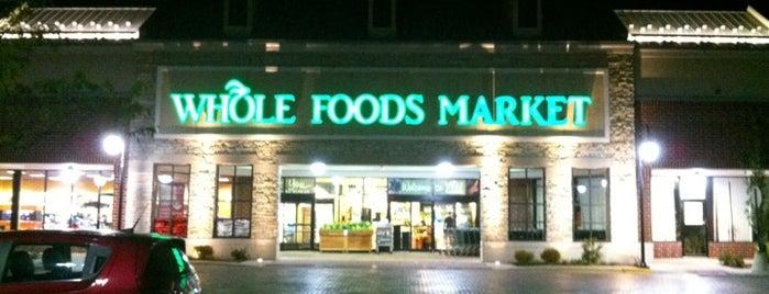 Whole Foods Market is one of Posti che sono piaciuti a Mark.