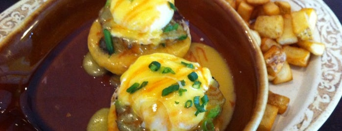 The Egg Cafe & Eatery is one of Locais salvos de Rich.