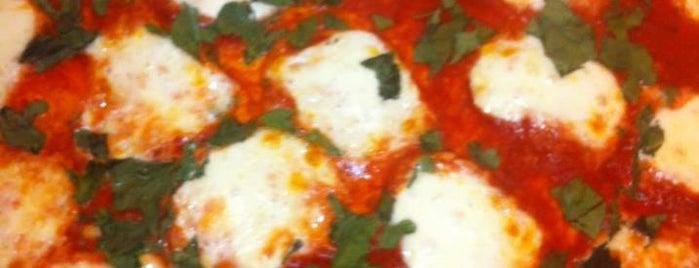 Buddyz Pizza is one of Orte, die ms gefallen.