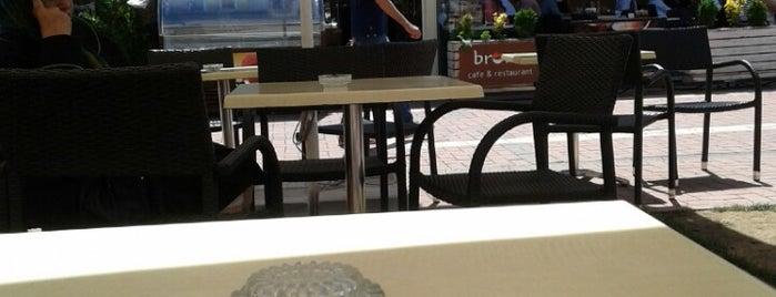 Brown Cafe is one of Lugares favoritos de ESRA👑.