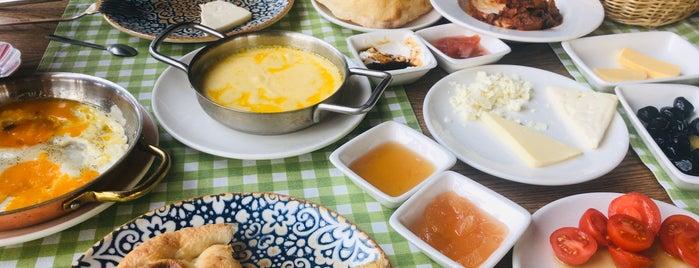 Doğal Dükkan Restaurant & Cafe is one of Locais salvos de Ibrahim.
