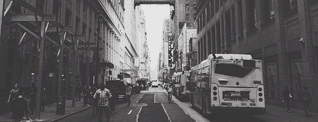 Food On Foot Tour is one of newyorkpass.