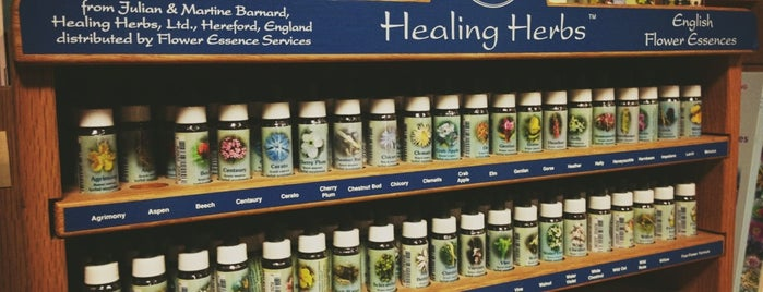 Rainbow Natural Remedies is one of Orte, die Byrdie gefallen.