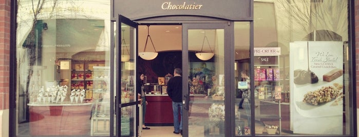 Godiva Chocolatier is one of Lugares favoritos de Abe.