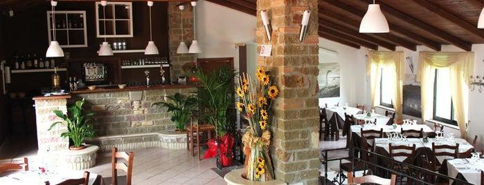 4 Castagni Ristorante Pizzeria is one of Lugares guardados de RegazzinoFromhell.