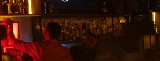 Motto Lounge Bar is one of Istanbul.