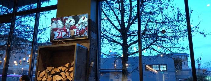Hearthstone Brewery is one of Tempat yang Disimpan Dan.