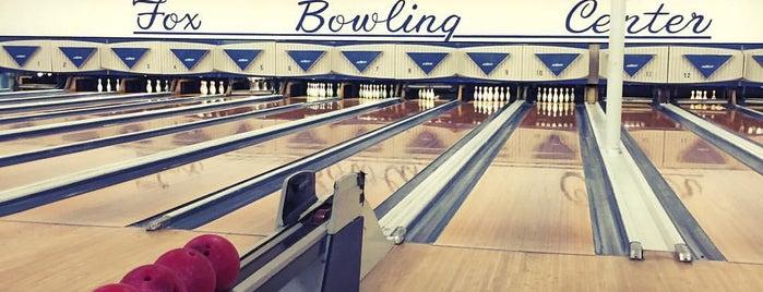 Fox Bowling Alley is one of Cindy'in Beğendiği Mekanlar.