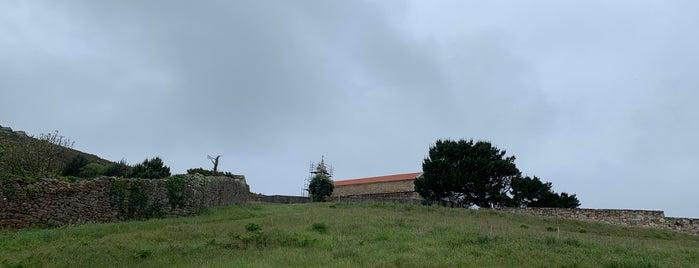 Ermida de San Hadrián is one of Costa da Morte en 2 días.