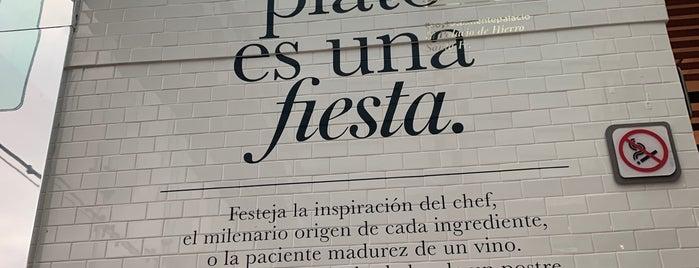 Terraza Palacio is one of Posti che sono piaciuti a Jorge.