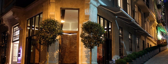 Corinne Hotel & Brasserie is one of Beyoglu.