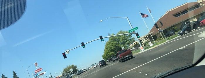 Douglas Boulevard is one of roads.