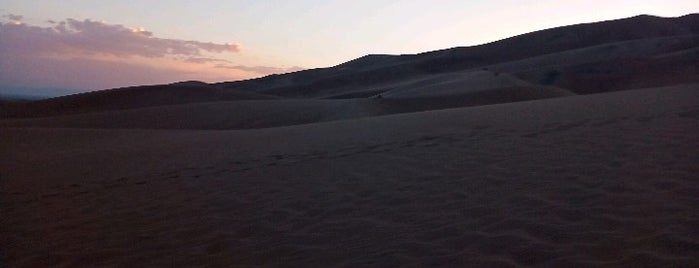 Great Sand Dunes National Park is one of Posti che sono piaciuti a Laura.