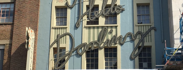 Hello Darling is one of New London Openings 2019.