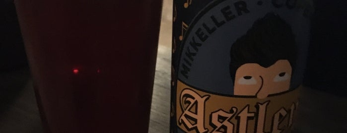 Mikkeller Brewpub London is one of Conradさんのお気に入りスポット.