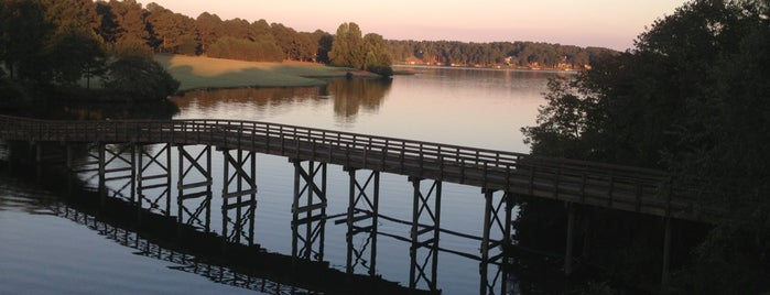 Cuscowilla on Lake Oconee is one of Southern Sleeps.