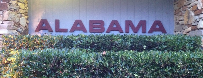 Alabama Welcome Center & Rest Area is one of Tempat yang Disukai Jacque.