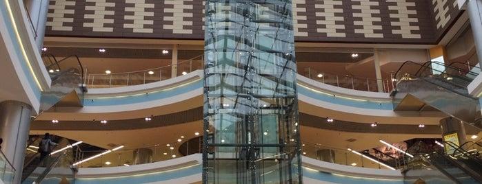 ТРК «Континент» is one of TOP-100: Торговые центры Санкт-Петербурга.