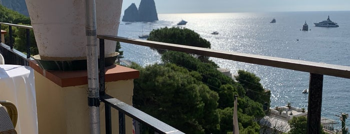 Weber Ambassador Hotel Capri is one of Eat, dream, love!.