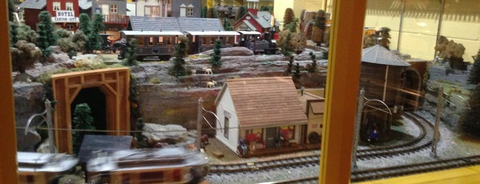 National Toy Train Museum is one of Lieux sauvegardés par Lizzie.