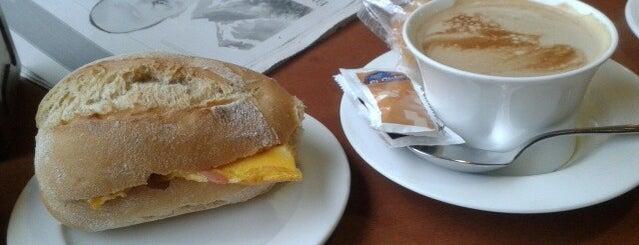 Cafe Bar Mirador is one of Virginie 님이 좋아한 장소.