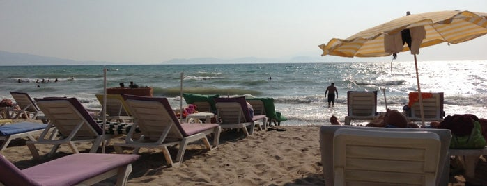 Kumsal Beach Club is one of Tempat yang Disukai DENİZHAN.