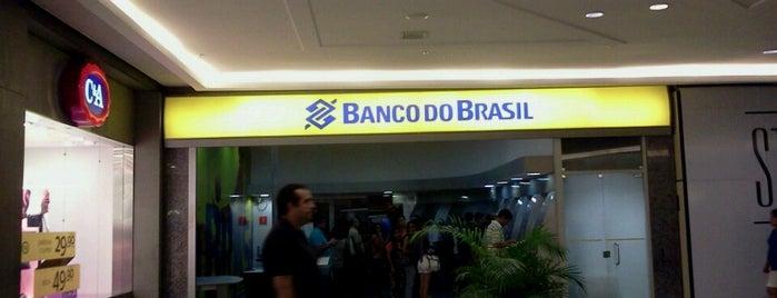 Banco do Brasil is one of Tempat yang Disukai Leiliane.