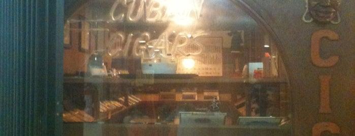 Habana Cigar's House is one of Магазины Канкуна.
