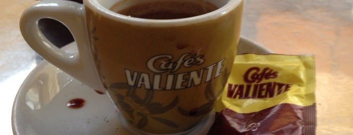 Cafés Valiente is one of Sergioさんのお気に入りスポット.
