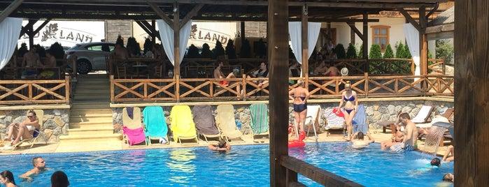 Woodland Resort is one of สถานที่ที่บันทึกไว้ของ Tijana.