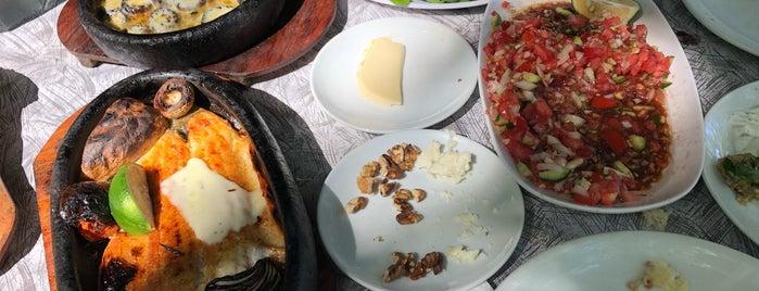 Ulupınar Kayalar Restaurant is one of Lugares favoritos de Emre.