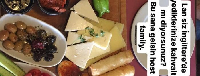 Kirpi Cafe & Restaurant is one of Lugares favoritos de Emre.