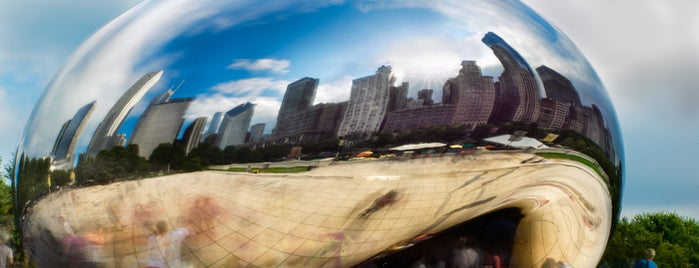 Cloud Gate by Anish Kapoor is one of Looking @ Skylines.