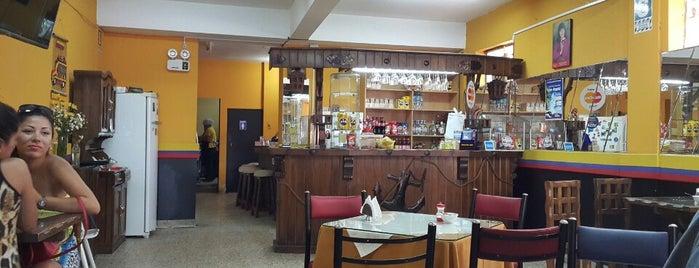 La Esquinita Colombiana is one of Orte, die Roberto gefallen.