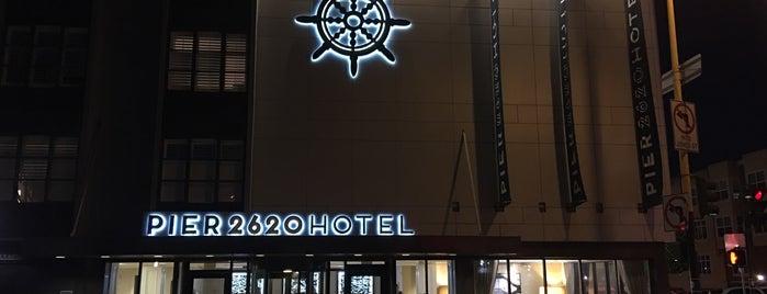 Pier 2620 Hotel is one of สถานที่ที่ Marcelo ถูกใจ.