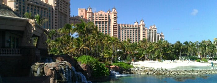 Paradise Island Nassau Bahamas is one of Lugares guardados de Queen.