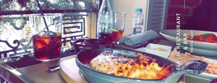 Flavia Restaurante & Bar is one of Zampar en Madrid.