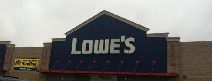 Lowe's is one of Lugares favoritos de Bern.