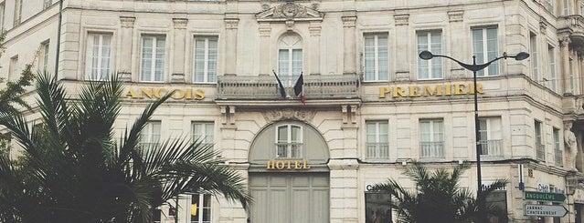 Hôtel François Premier is one of Best Cocktail Bars in Europe.