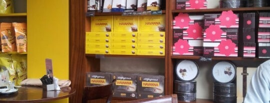 Havanna is one of Lugares favoritos de Helena.