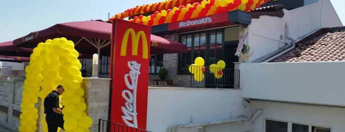 McDonald's is one of Orte, die Papyon Cicek / Kemer gefallen.
