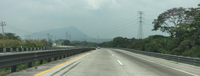 Autopista Orizaba Córdoba is one of Orte, die Lau 👸🏼 gefallen.