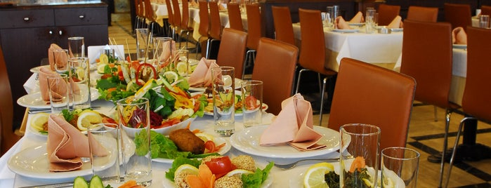 Set Balık is one of İstanbul'da En İyi 50 Restoran.