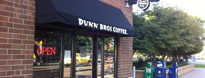 Dunn Bros Coffee is one of Posti che sono piaciuti a Leilani.
