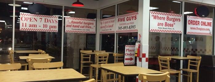 Five Guys is one of Orte, die Cassia gefallen.
